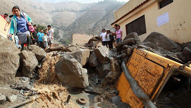 Santa Eulalia es declarada en emergencia tras huaicos.