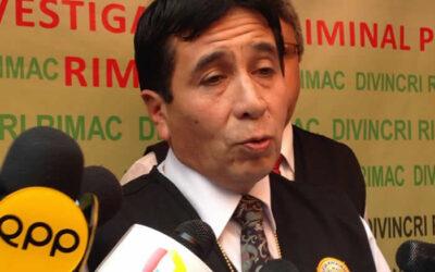 El jefe de la División de Robos de la Policía Nacional, coronel PNP José Garay, anunció que entablará una querella contra Gerald Oropeza por, las falsas versiones que, asegura, éste y sus allegados ofrecen a la prensa, como acusarlo de ordenar el atentado contra el auto Porshe.