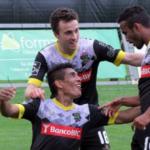 Paolo Hurtado anota en triunfo 3-1 del Pacos de Ferreira sobre Arouca