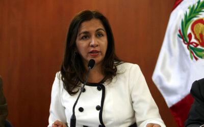 Marisol Espinoza admite que tiene propuestas de otros partidos
