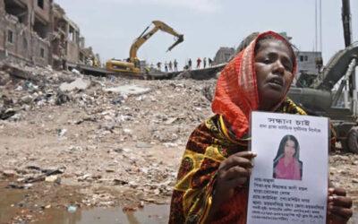 Un informe de Human Rights Watch (HRW) denuncia que el sector textil de Bangladesh sigue aquejado de la misma cultura de abusos y falta de garantías que causó la muerte a más de 1.100 personas hace dos años.