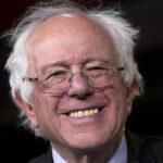 EEUU: senador Sanders reta a Hillary Clinton para presidenciales