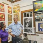 Obama visita el Museo de Bob Marley en Jamaica