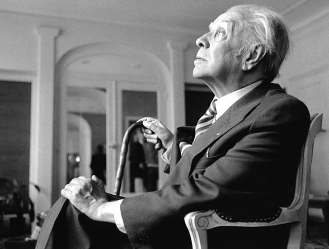 Hace muchos años que Jorge Luis Borges había perdido la vista cuando descendió del avión en el aeropuerto internacional Jorge Chávez el 25 de abril de 1965, hace 50 años.