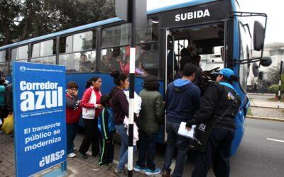 Una mujer de 69 años perdió la vida hoy al ser atropellada por un bus del Corredor Azul en la cuadra 11 de la avenida Arequipa.