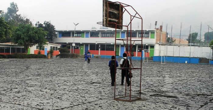 l centro poblado San Jacinto, en la provincia de Nepeña, región Áncash, amaneció este jueves cubierta por cenizas ocasionada.