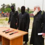 Estado Islámico corta dedos a nueve personas por usar celular