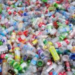 Científicos costarricenses convierten desechos plásticos en combustible