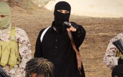 El Estado Islámico (EI) publicó este domingo un video que muestra a yihadistas de su filial en Libia ejecutando a una treintena de hombres, presentados como cristianos etíopes.