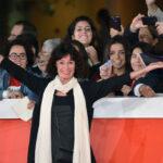 Geraldine Chaplin critica a mandatarios y los conmina a ver cine