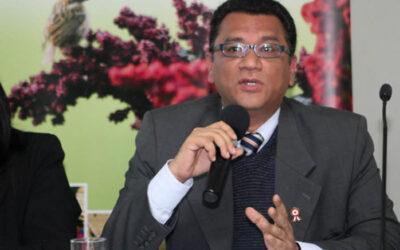 El ministro Agricultura, Juan Manuel Benites, lamentó que los alcaldes de la provincia de Islay y dirigentes del Valle del Tambo, que rechazan el proyecto Tía María, en Arequipa, se retiraran de la reunión que tenían previsto sostener hoy miércoles con cuatro ministros de Estado.