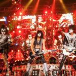 Kiss celebra 40 años de rock con gran concierto en Bogotá