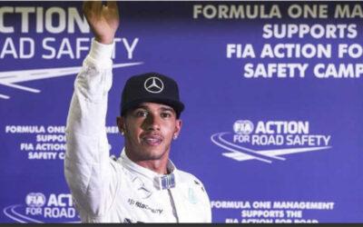 Lewis Hamilton gana el Gran Premio de China.