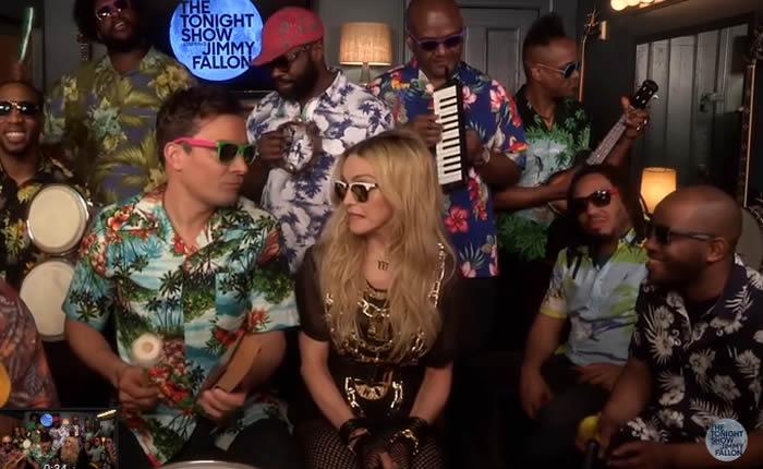 """La interpretación """"Holiday"""" que Madonna, Jimmy Fallon y The Roots presentaran el pasado miércoles en """"The Tonight Show with Jimmy Fallon"""" está arrasando en YouTube."""