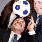 """Diego Maradona jugará """"partido por la paz"""" en Colombia"""