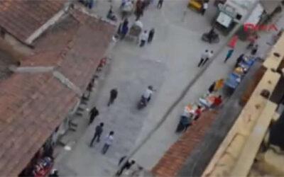Turistas capturaron con su teléfono celular los primeros instantes del terremoto en Nepal. Las imágenes se compartieron en YouTube.