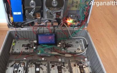 Un video publicado en YouTube muestra cómo discos duros, disqueteras de computadoras y lectoras de discos, interpretan música de Nirvana.