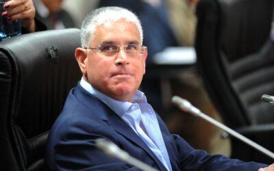 El congresista Enrique Wong confirmó que este lunes presentará ante la Mesa Directiva del Congreso el informe en minoría de su investigación sobre el ilegal resguardo policial a la casa de Óscar López Meneses.