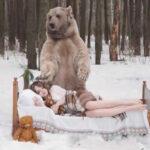 YouTube: modelos rusas posan con oso salvaje (VIRAL)