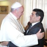 """Maradona se reúne con el Papa y dice: """"soy hincha de Francisco"""""""