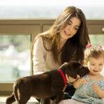Dueño y perro experimentan conexión similar al de madre e hijo