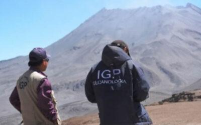 El Comité Científico de Monitoreo Permanente del volcán Ubinas, planteó incrementar el nivel de alerta de este macizo a naranja.