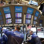 Wall Street cierra la semana con ganancias y el Dow Jones sube un 0.43%