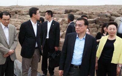 """""""Un porvenir brillante"""" espera a Perú y China, gracias al aporte que sus civilizaciones autóctonas hicieron al desarrollo del ser humano, y al trabajo conjunto que ambas naciones realizan, aseguró el primer ministro de la República Popular China"""