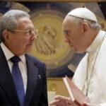 """Raúl Castro resalta """"sabiduría"""" y """"modestia"""" del papa Francisco"""