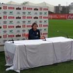Critican improvisación de conferencia de prensa de Ricardo Gareca