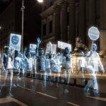 España: miles de hologramas protestan contra Ley Mordaza (VIDEO)