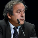 Platini dejará la UEFA si fracasa su intento de presidir la FIFA