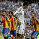 Liga BBVA: Real Madrid empata 2-2 con Valencia y se aleja del título