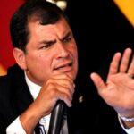Ecuador: Correa pide enfrentar al poder mediático en América Latina