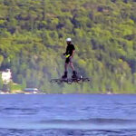 Inventor rompe récord Guinness con aerotabla (VIDEO)