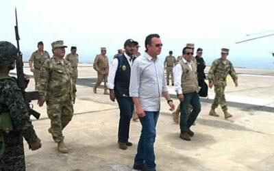 El Gobierno coordina en la ciudad de Arequipa, por tercer día consecutivo, el plan de acción para el apoyo que dará en Islay las Fuerzas Armadas a la Policía Nacional.