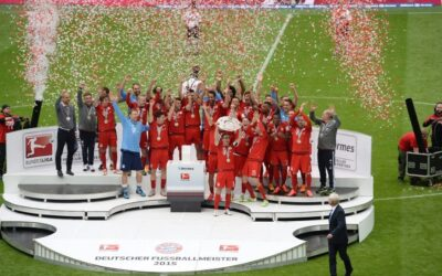 ALEMANIA.- El campeón aleman Bayern de Múnich celebró ante público su 25º título nacional en la fecha final de la Bundesliga. El título conseguido ya hace unas semanas, tiene, sin embargo, sabor agridulce, tras las eliminaciones de la Champions y la Copa Alemana.