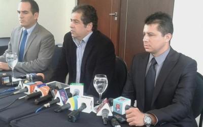LA PAZ.- Bolivia informó que se investigará si Martín Belaunde Lossio pagaba 100 bolivianos diarios a los policías que vigilaban su arresto domiciliario, anunció el Ministro de Gobierno de esa nación, Carlos Romero.