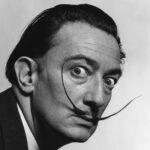 Efemérides del 11 de mayo:Nace Salvador Dalí