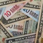 El dólar sube ante el euro y se comporta mixto frente a otras divisas