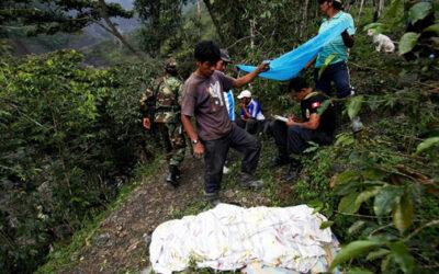 El despiste y vuelco de un vehículo particular en la provincia de Angaraes, departamento de Huancavelica, dejó seis muertos y tres heridos, informó la Policía local.