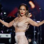 Billboard Latino: Jennifer López le rinde emotivo homenaje a Selena