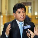 "Gana Perú asegura que candidatura de Luis Iberico ""se desinfla"""