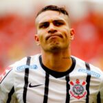 Paolo Guerrero no renovará contrato con Corinthians