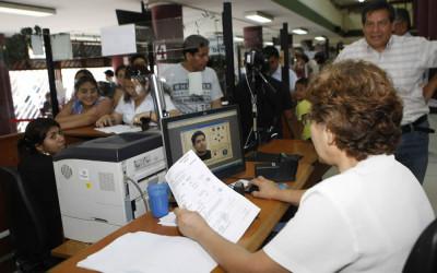 Perú emitirá desde noviembre de este año los primeros pasaportes biométricos para agilizar la eliminación de la visa Schengen e ingresar sin este documento a los 24 países de Europa, informa la cancillería.