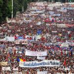 Día del Trabajo: 70 países en histórico desfile en La Habana (FOTOS)