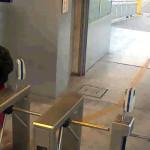 Metropolitano: falso bombero pretendía viajar gratis