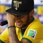 Barcelona: Madre de Neymar imputada en investigación sobre fichaje