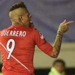 Copa América: Paolo Guerrero preocupa al entrenador de Paraguay