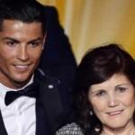 Retuvieron a madre de Ronaldo en el aeropuerto de Madrid